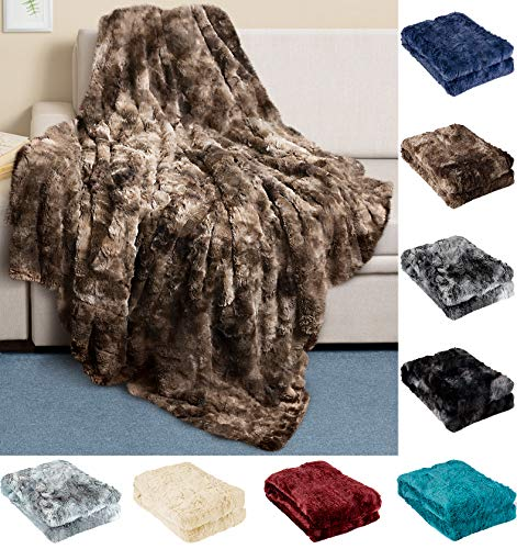 Everlasting Comfort Luxury Faux Fur Throw Blanket - Ultra Soft and Fluffy - Plush Throw Blankets for Couch Bed and Living Room - Fall Winter and Spring - 50x65 (Full Size) Chocolate
