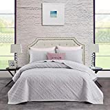 CHIXIN Quilt Set Queen Size, Light Grey Quilted Bedspread Lightweight Coverlet Set, 3 Piece Soft Reversible Thin Comforter Bedding Sets (Includes 1 Quilt, 2 Shams) - Solid Windowpane Pattern
