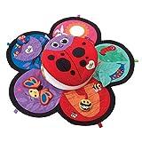 Lamaze Marienkäfer-Spieldecke | Babydecke ab 0 Monaten in ansprechenden Farben mit vielen bunten Spielsachen zur Förderung der motorischen Fähigkeiten