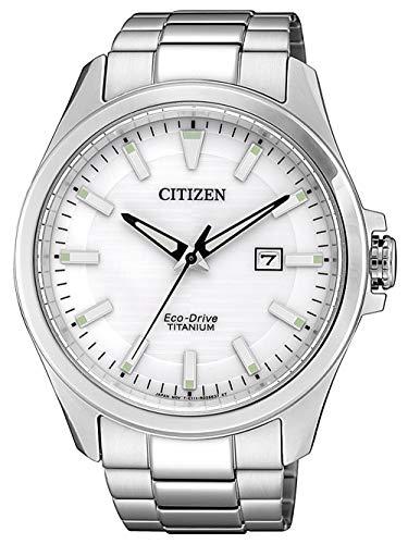 CITIZEN Herren Analog Eco-Drive Uhr mit Super Titanium Armband BM7470-84A