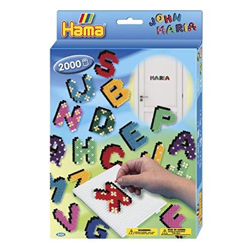 Hama Perlen 3424 Geschenkset Buchstaben mit ca. 2.000 bunten Midi Bügelperlen mit Durchmesser 5 mm, Stiftplatte, inkl. Bügelpapier, kreativer Bastelspaß für Groß und Klein