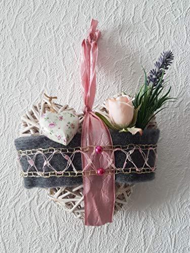 Herz Rattan Rose Lavendel Kunstblumen Filz