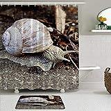 AXEDENRRT Juego de Cortinas y tapetes de Ducha de Tela,Antena de Arrastre de molusco Animal Caracol,Cortinas de baño repelentes al Agua con 12 Ganchos, alfombras Antideslizantes