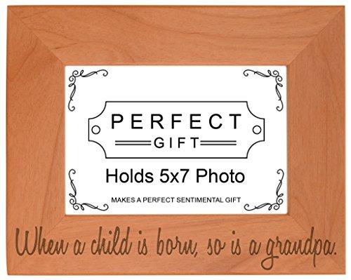 lorsqu'un enfant est Né CE qui est un grand-père Bois naturel gravé Cadre photo, Bois dense, bois, 5x7 Horizontal