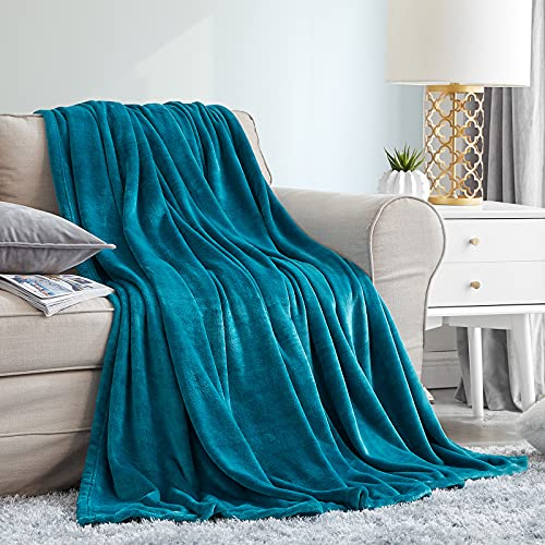 EHEYCIGA Fleece Throw Blankets Teal Single Travel Size Fluffy Flannel Blankets Soft Warm Bed Throws for Sofa, Bed , Settees and Couch, Fit All Season ,No shedding , Teal,130x165cm