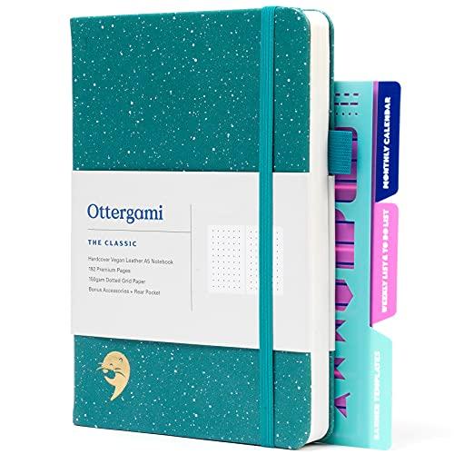 Carnet Bullet Journal Pointillé | Carnet de Notes + Pochoirs Bonus | 150gsm Papier notebook | The Classic par Ottergami (Vert Moucheté)
