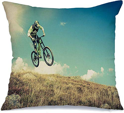 Kissenbezug im Freien Spaß akrobatischer Sprunghelm Wettbewerb MTB People Sports Track Schmutz Erholung mit Fahrrad Leinen werfen Komfortable Wurfkissenbezug für Auto Stuhl Couch Bett 18 x 18 Zoll
