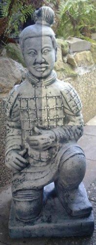 Genoux Ender d'Design guerrier chinois 86 cm de haut et 70 Kg