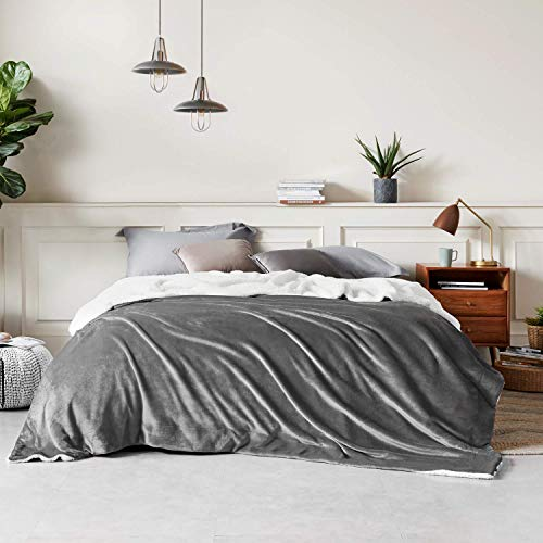 Bedsure Sherpa Fleece King Size Blanket for Bed - Grey Thick Fuzzy Warm Soft Large Blankets King Size, 108x90 Inches