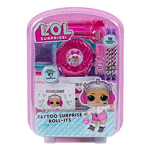 L.O.L Surprise! Rollo de tatuaje por Horizon Group USA. El kit incluye 38 tatuajes sorpresa, 5 mini tatuajes. Marcadores de arte corporal, pegamento corporal, plantillas, piedras preciosas corporales, purpurina, pinceles cosméticos y más