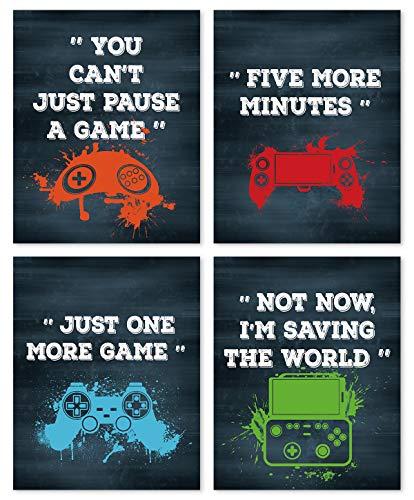 4er Set Gaming Poster,Bilder für Gamer,Videospiel Wandbild,Game Leinwand Wandkunst für Jungen Teenager Schlafzimmer Spielzimmer Kinderzimmer Geschenk Dekor,Lustige Zitate Bilder (30× 40CM) Ohne Rahmen