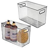 mDesign Juego de 2 cajas de plástico con asas – Organizador transparente con diseño atractivo – Cajas organizadoras para guardar cosméticos en el baño – gris oscuro