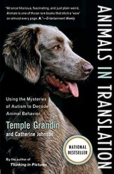 Paperback Animals in Translation : Using the Mysteries of Autism to Decode Animal Behavior Book