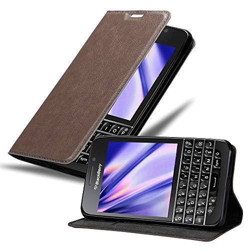 Cadorabo Hülle für BlackBerry Q10 in Kaffee BRAUN - Handyhülle mit Magnetverschluss, Standfunktion & Kartenfach - Hülle Cover Schutzhülle Etui Tasche Book Klapp Style