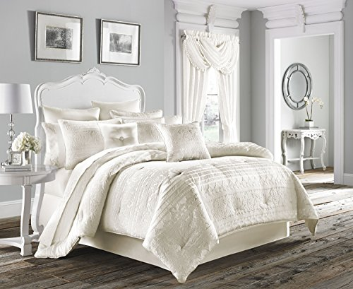 Five Queens Court Mackay 4-Piece Comforter Set, King Size