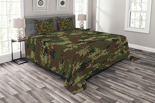 Ambesonne Camo Bedspread, Grunge Graphic Camouflage Summer Theme Armed Forces Uniform Inspired Dark, Decorative Quilted 3 Piece Coverlet Set with 2 Pillow Shams, Queen Size, Pale Green