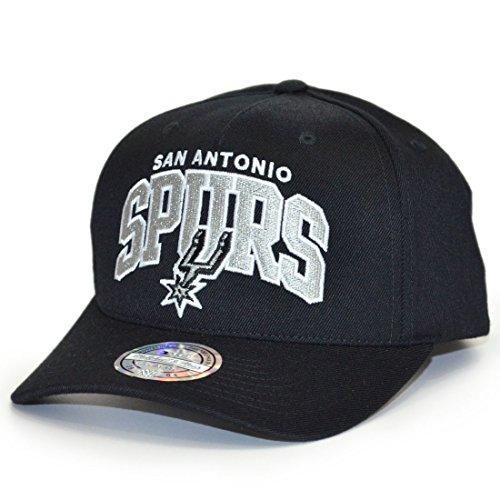 Mitchell & Ness - Cappellino da basket dei Boston Celtics (NBA), Flexfit 110, con fascetta regolabile San Antonio Spurs – Black Taglia unica
