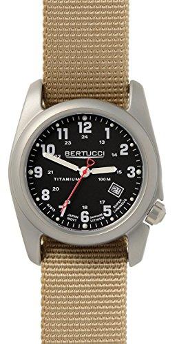 Bertucci A-2T Relógio de campo clássico preto/Ti-Khaki Banda 12724