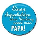 Polarkind Button Anstecker Pin Superheld Papa Spruch 38mm Geschenk zum Vatertag Geburt