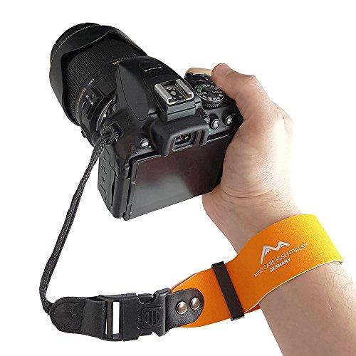 Neopren Kamera-Handschlaufe EXTRA BREIT - klick-Verschluss MIT SPERRE - orange - ECHT Leder Verbindungsteile - DSLR Kompakt-Kamera Kameraschlaufe Handgelenk-Schlaufe - MIND CARE ESSENTIALS