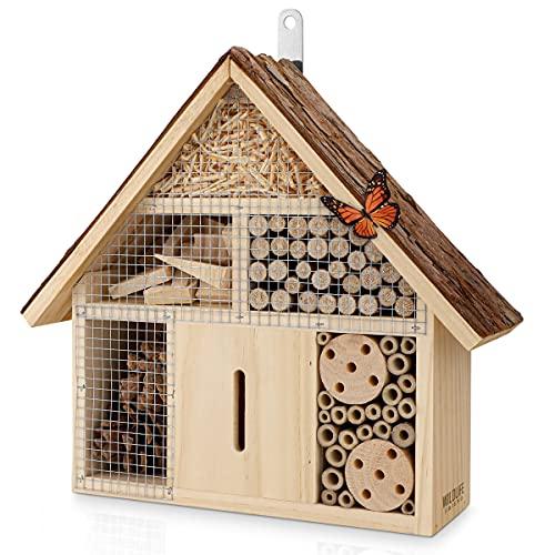 WILDLIFE FRIEND I Insektenhotel mit Rindendach - unbehandelt, Insektenhaus aus Naturholz für Bienen, Marienkäfer, Florfliegen & Schmetterlinge, Bienenhotel & Nisthilfe zum aufhängen, SMALL