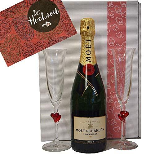 Moet & Chandon Geschenk-Set Hochzeit mit zwei Champagnergläsern und passender Grußkarte