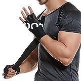 Boxer Wickeln ihre Faust inneren Handschuhe, unter den Handschuhen gibt es elastische...