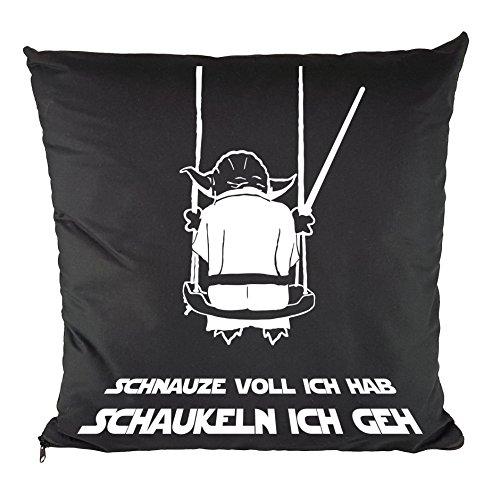 Nukular Kissen inkl. Füllung Motiv (Yoda Schaukeln) - 37cm x 37cm - 100{360af8018f0106b44be9a909cd851e5373abfb5a8509b4db702d230be2e4781a} Baumwolle - Dekokissen - Geschenkidee