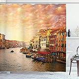 Cortina de ducha de paisajes de 66x72 in, paisaje italiano de la ciudad de Venezia con casas antiguas, imagen de gondollas y picos, conjunto de decoración de baño de tela de tela con ganchos naranja
