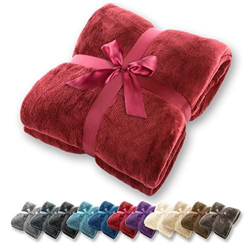 Gräfenstayn® Kuscheldecke flauschig und super weich - hochwertige Fleecedecke auch als Wohndecke, Tagesdecke, Sofadecke und Sommerdecke geeignet - Überwurf Decke Sofa und Couch (Bordeaux, 240x220 cm)