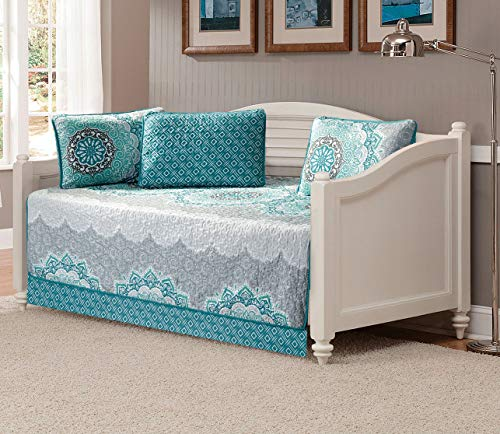 Mk Home 5pc Daybed Set Quilted Bedspread Coverlet New (Medallion Aqua Turquoise Coastal Plain Grey Green White)