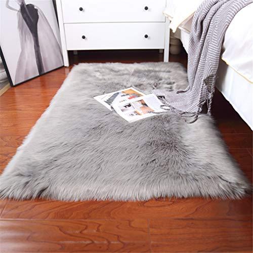 Sweetwill Alfombra de piel de cordero sintética, gris, rectangular, 80 x 150 cm, moderna, para salón, mullida, larga, aspecto de pelo de oveja, acogedora alfombra para la cama o el sofá