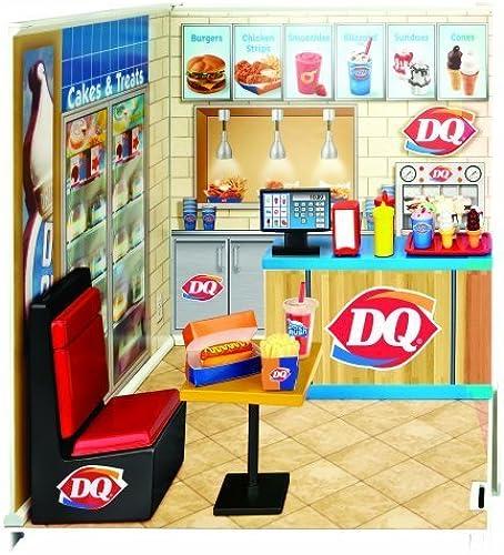 miWorld Dairy Queen Restaurant Starter Set by MiWorld