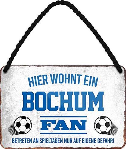 Blechschilder HIER WOHNT EIN Bochum Fan Hängeschild für Fußball Begeisterte Deko Artikel Schild Geschenkidee 18x12 cm