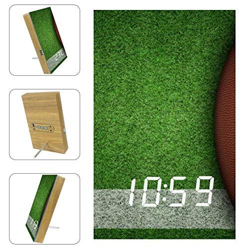 TIZORAX Wecker American Football auf Spielplatz LED Digitaluhren für Büro Küche Wohnzimmer Schlafzimmer Desktop mit USB-Aufladung