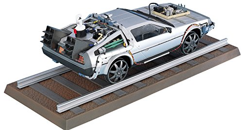 Regreso al Futuro III Maqueta 1/24 Delorean LK Coupe & Railroad