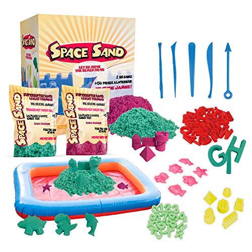 Space Sand 1.8 kg con 50 Piezas de Formas, números, Letras, Piezas de Castillos, Herramienta de Modelado, Arena mágica cinética, Probada por el TÜV, Modelo 2020 (0.9kg Fucsia y 0.9kg Turquesa)