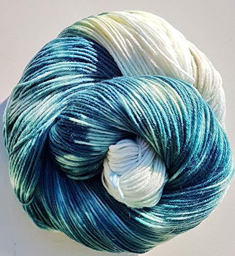 Handgefärbte extraweiche 4-fach Sockenwolle