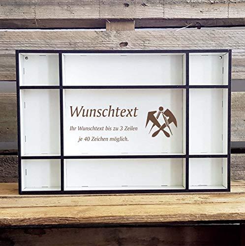 DEKOLANDO Setzkasten « Dachdecker » mit persönlicher Wunschgravur und Motiv Zunftzeichen - Größe (B x H x T) ca. 33,5 x 22,5 x 4,5 cm - Regal Dekoration Würfelregal - Geschenk Dachdeckerei