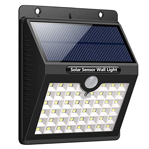 Solarlampe für Außen mit Bewegungsmelder -Daffodil LEC800- IP65 wasserfeste Solarleuchte mit 1800mAh LED Strahler mit 3 Lichtmodi 46 LED´s -120° Erfassungswinkel 3-5m Reichweite, Außenlampe für Garten