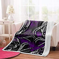 ☞【SIZE】Total size: W100xH150cm. Can decorate the house very cozy. ☞【CARE】The best way to care for your weighted blanket is to wash cold on a gentle setting or hand wash. Hang dry only .Avoid using bleach or fabric softeners Tumble dry fleece blankets...