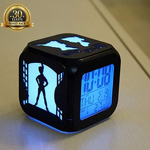 XLBAXLJ Peter Pan 3D Kleiner Wecker, LED-Nachtlicht-LED-Anzeige Gravur Hohl Abbildung Silhouette Batterie-Powered USB für Nacht Schlafzimmer Arbeitszimmer