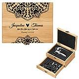 Murrano Weinöffner-Set personalisiert Weinset Sommelier Set - Geschenkbox Holzbox + 8er Weinzubehörset - aus Bambus - Braun - Geschenk Hochzeit Hochzeitstag Paar - Liebe reif wie Wein
