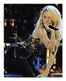 Photo Shakira Autographe dédicacé 20 x 25 cm