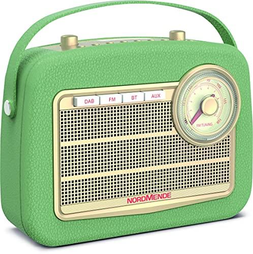 Nordmende Transita 130 - portables DAB+/UKW-Retroradio mit UKW Frequenzregler (Bluetooth-Audiostreaming, USB, Dot-Matrix LC-Display, Akku für bis zu 24 Stunden, Tragegriff, Kunstleder-Gehäuse) grün