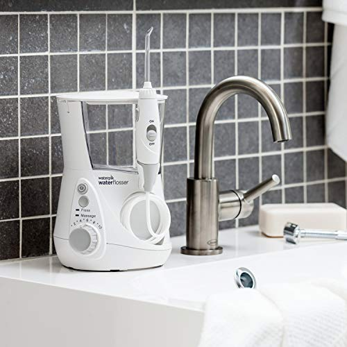 Waterpik WP-660EU - Irrigador dental, 100-240V, depósito de agua de 650 ml, Blanco