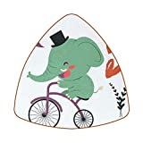 Posavasos triangulares para bebidas, divertido elefante Ride A bicicleta taza de cuero tapete para proteger muebles, resistente al calor, decoración de bar de cocina, juego de 6