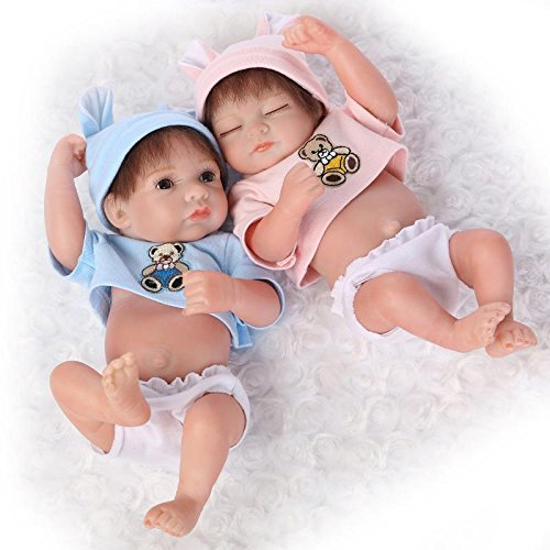 Nicery Reborn Baby Doll Réincarné bébé Poupée Doux Simulation Silicone Vinyle 10 Pouces 26cm Qui Semble Vivant Imperméable Jouet Vif réaliste Âge 3+ Bleu Rosa Bear Garçon Fille