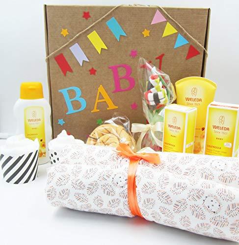 MAXI Canastilla para Bebés con Productos WELEDA, Mantita (o Cambiador portatil), Body, Calcetines y Pañales | Versión UNISEX, Ideal para Niñas y para Niños!