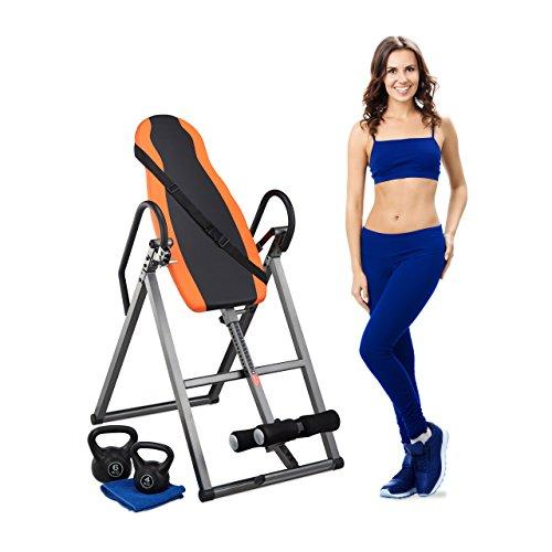 Relaxdays Inversionsbank Rückentrainer klappbar, verstellbar, Schwerkraftrainer mit Gurt, bis 130 kg, schwarz-orange